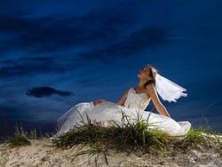 А зачем вообще вступать в брак и жить семейной жизнью?